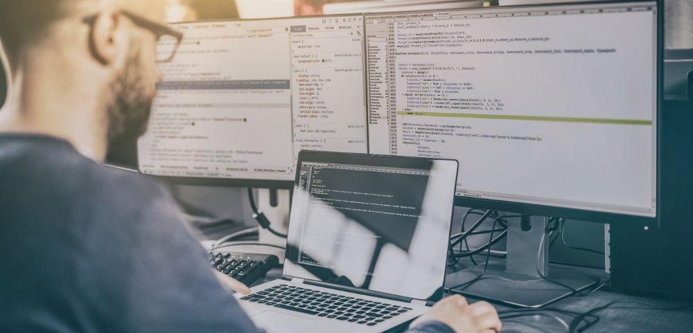 Software development: le potenzialità dei software